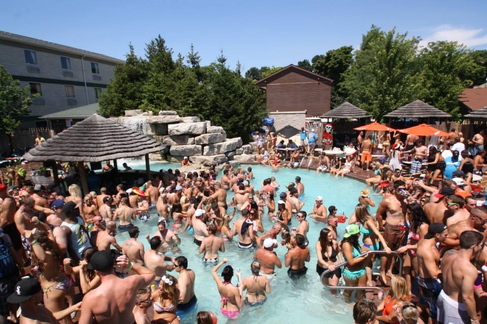 Put in Bay Pool Bars | Mist